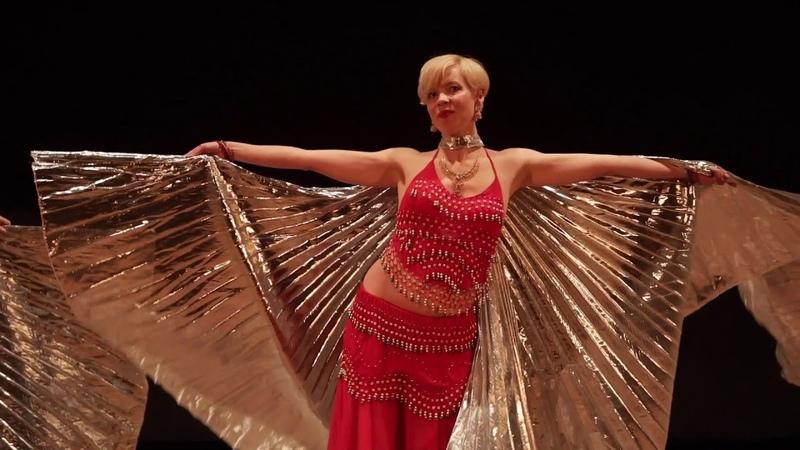 Восточный танец с крыльями Парад планет Арабский танец Belly dance