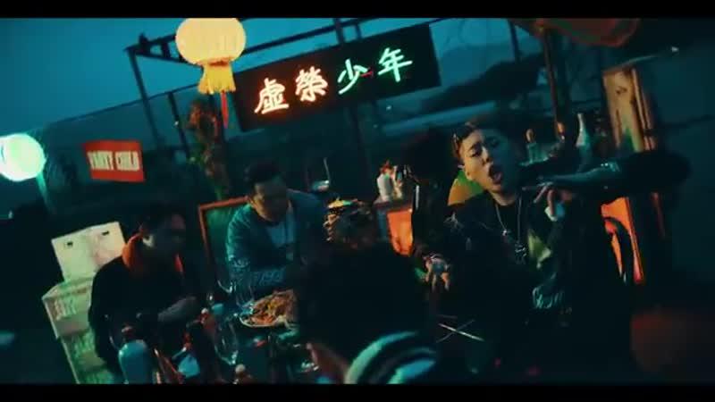 지코 (ZICO) - BERMUDA TRIANGLE (Feat. Crush, DEAN) (ENG SUB) MV.mp4