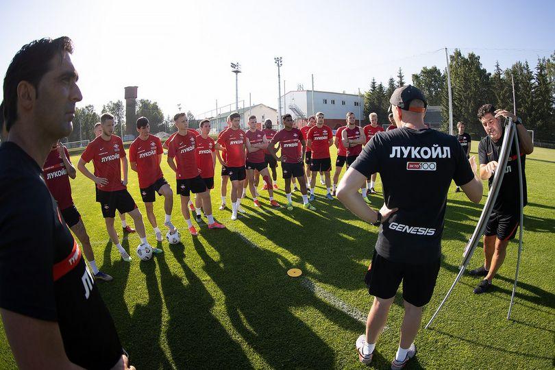 Кого купит «Спартак»: слухи о селекции «красно-белых»