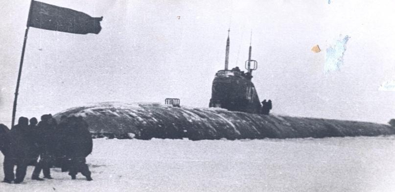 Первая в послевоенное время подводная лодка, награждённая орденом Красного Знамени, изображение №6