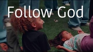 "Kanye West - ""Follow God"" (Live from LA)"
