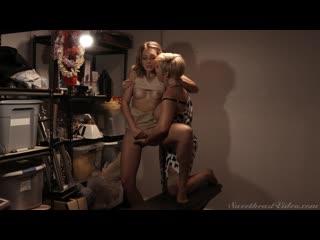 2 зрелые подруги трахаются в чулане, sex milf mom porn mature tit ass lesbian lgbt kiss cum HD orgasm boob pussy (Hot&Horny)