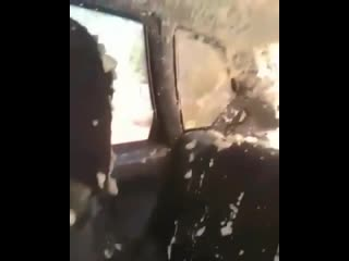 Баллон с монтажной пеной взорвался в салоне авто