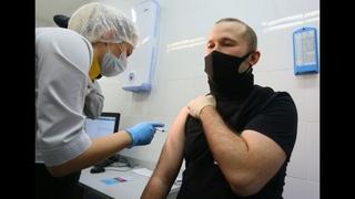 Москва первой вводит обязательную вакцинацию от коронавируса до 15 августа